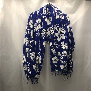 ⭐️ Blue Hawaiian Floral spring Sarong Cover up